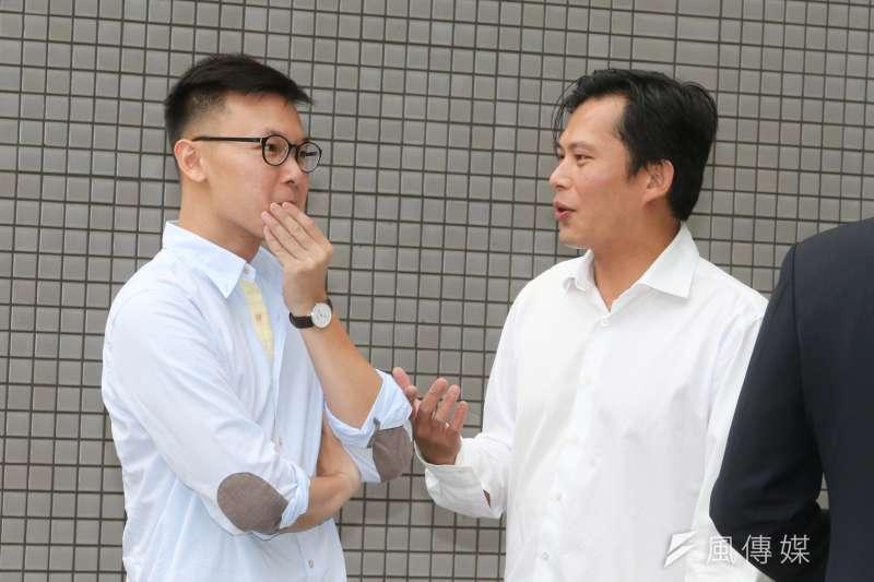 民進黨和時代力量都有人士透露,林飛帆(左)之所以會加入民進黨,黃國昌(右)扮演著關鍵角色。(資料照,陳明仁攝)
