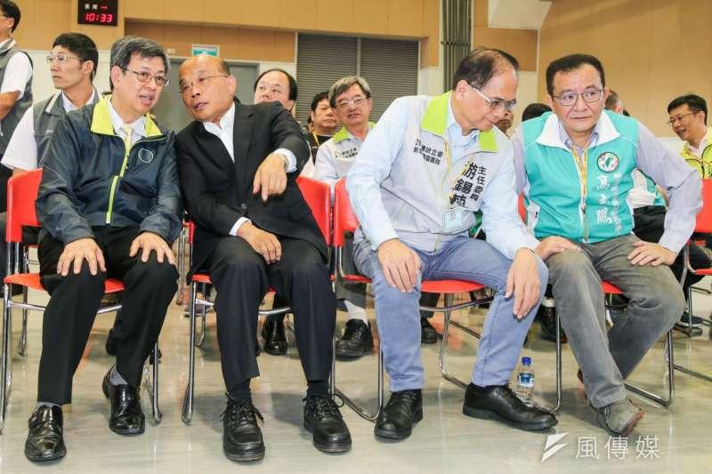 行政院長蘇貞昌(左二)一度對前行政院長游錫堃(右二)不分區排名有意見,引爆民進黨黨內政治風暴,讓兩人心結再度浮上檯面。(資料照,取自蘇貞昌臉書)