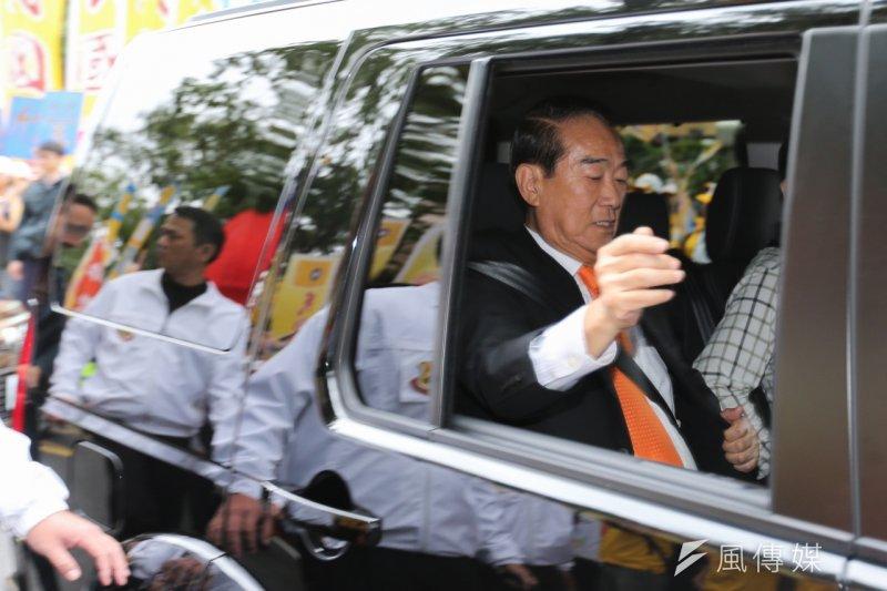 親民黨黨主席宋楚瑜與民國黨黨主席徐欣瑩登記參選中華民國第14任總統副總統,離去前宋楚瑜謝謝歐巴馬在反恐時提到台灣的好意。(陳明仁攝)