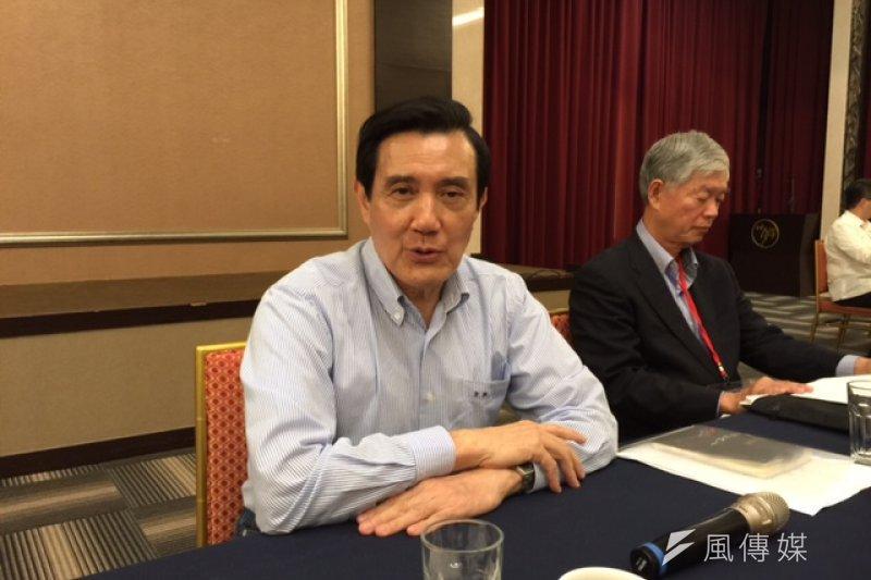 總統馬英九24日晚間在一場閉門茶敘中痛批民進黨,就是不想要服貿協議通過,將會為此付出相當大的代價。(夏珍攝)