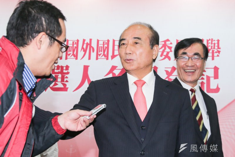 立法院長王金平點名陳為廷林飛帆等年輕朋友,希望能談談國會改革。(陳明仁攝)