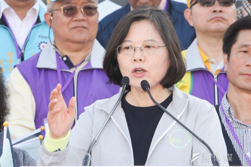 民進黨總統參選人蔡英文4日受訪時則表示,希望中國海協會會長陳德銘多體會台灣的民主。(資料照,陳明仁攝)