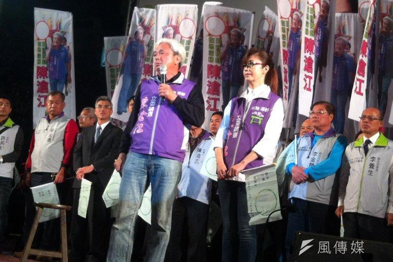 民進黨內部民調顯示,民進黨立委參選人陳滄江民調領先兩位主要對手,有機會一搏。(顏振凱攝)
