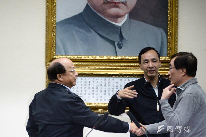 國民黨總統候選人朱立倫公布選戰人事布局,宣布將由胡志強擔任競選總部主委。(林俊耀攝)