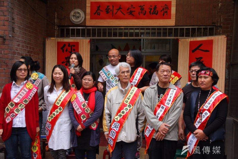台北市第六選區人民民主陣線立委參選人李燕表示:「長期以來,身障者不論男、女性都被歸類為無性的人,對人們來說是被照顧的同義詞,這是我們相當不同意的。」。(曾原信攝)
