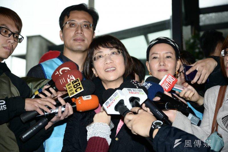 國民黨副總統候選人王如玄提到日韓慰安婦議題表示,絕對不容許在課綱中說慰安婦阿嬤是「自願的」。(林俊耀攝)