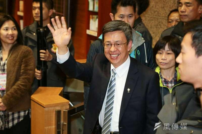 20160104-副總統政見發表會,陳建仁抵達公視會場。(顏麟宇攝)