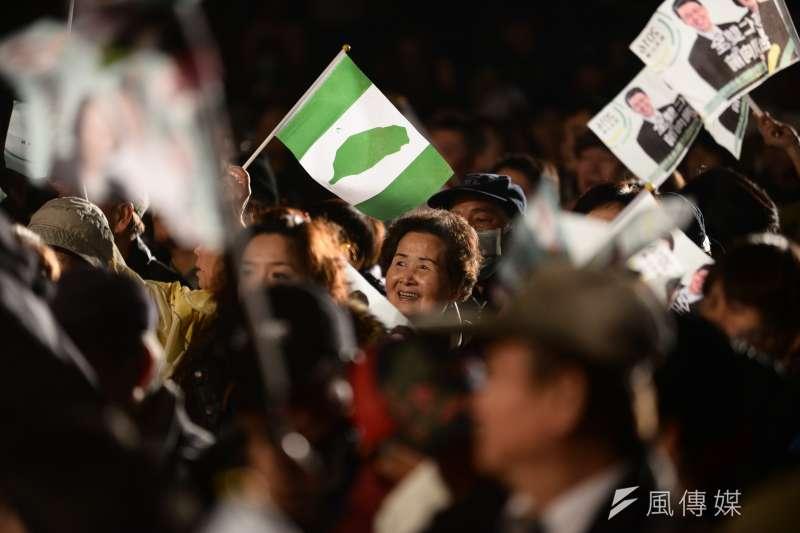 民進黨2016大勝贏得政權,然而,根據台灣民意基金會民調,只有3成民眾滿意民進黨執政。(資料照片,林俊耀攝)