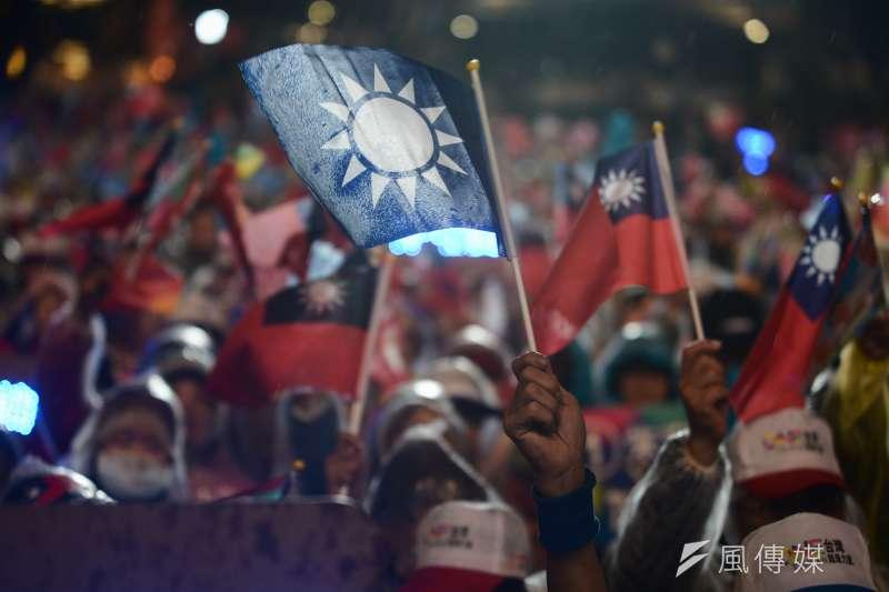 內政部評估報告指出國徽與國民黨徽類似,政黨標章宜因應時代變遷,做適度調整。(資料照,林俊耀攝)