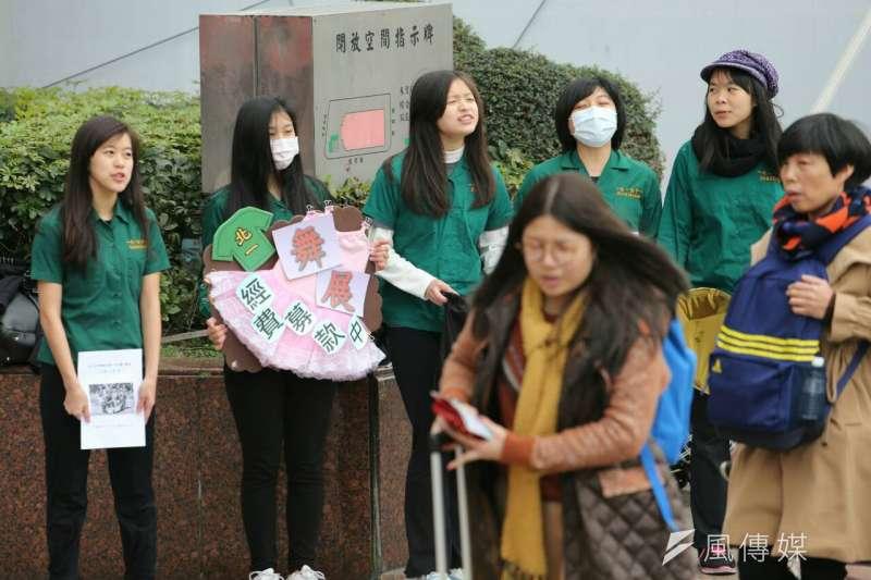 冬季寒流不斷,民眾要注意身體健康,但不要輕信傳言(陳明仁攝)