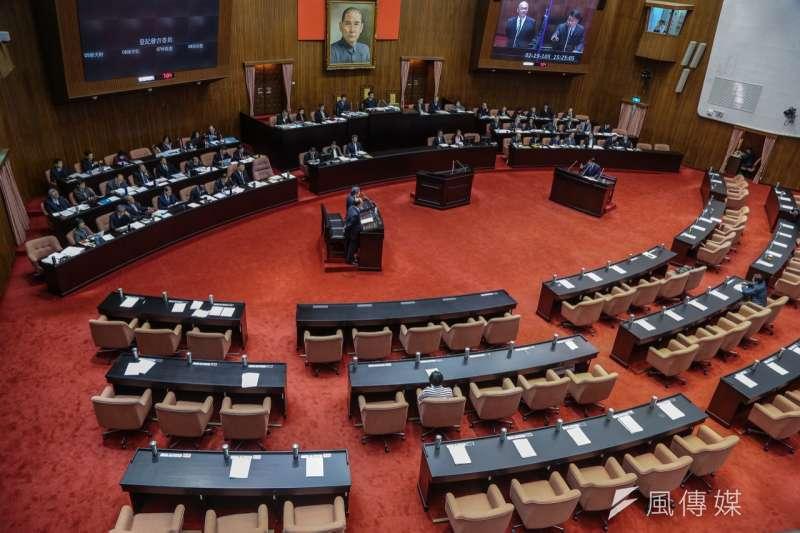 口袋國會18日公佈第九屆第六會期優質立委名單,國民兩黨7位立委名列其中。圖為立法院議場。(資料照,陳明仁攝)