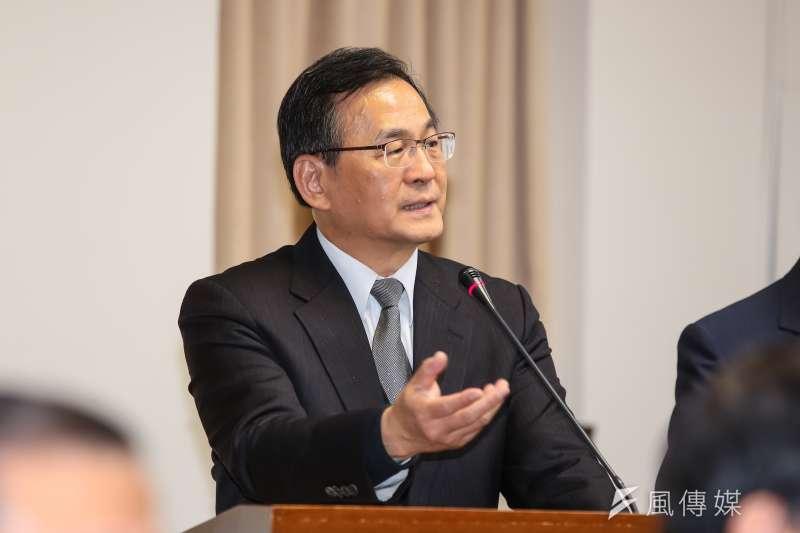 台電董事長黃重球於經濟委員會備詢。(顏麟宇攝)