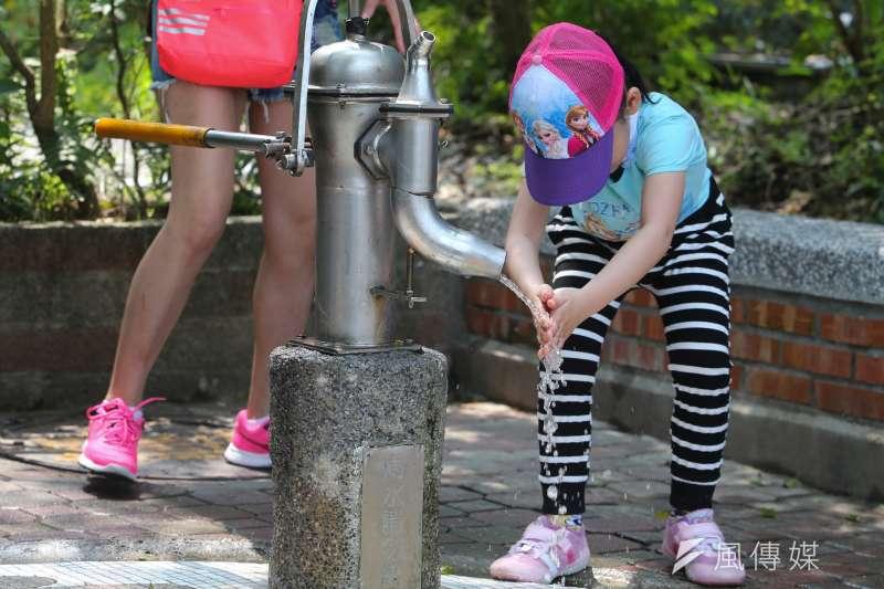 20160402-台北市立動物園.遊客.兒童.親子.(陳明仁攝)