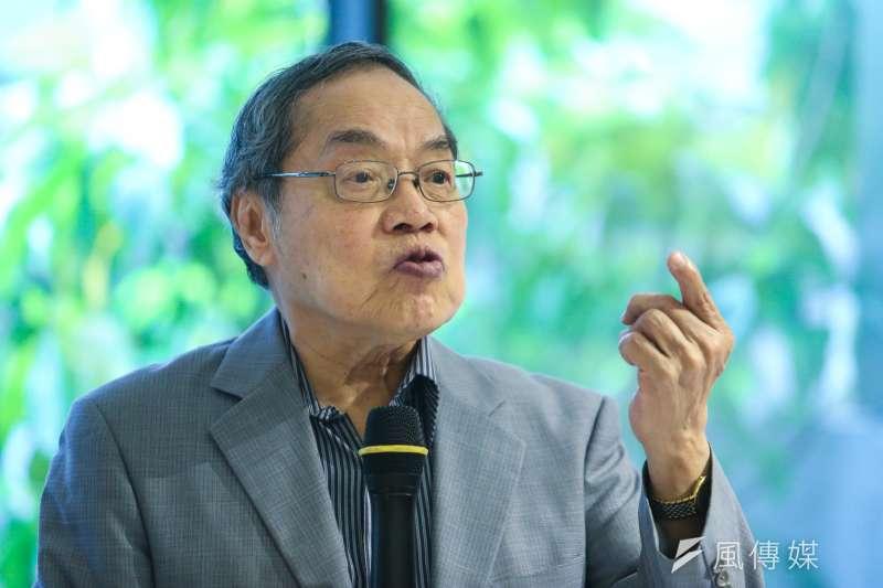 作家陳芳明在臉書表示,中國網軍正在操弄台灣選舉,「為了台灣的民主價值,我公開支持陳其邁!」(資料照,陳明仁攝)