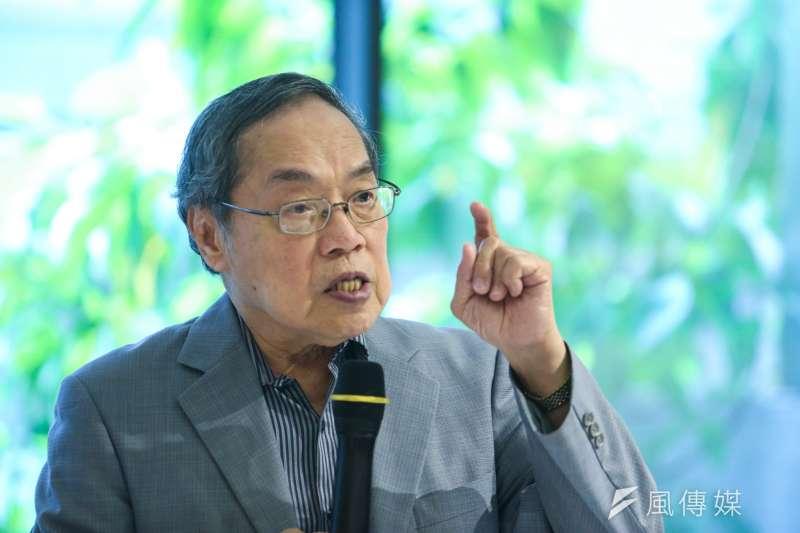 政治大學台灣文學研究所教授、作家陳芳明(見圖)直言,「如果主張武統的中國學者李毅,看到這排同時播放的電視節目,應該知道台灣不容易統治吧。」(資料照,陳明仁攝)