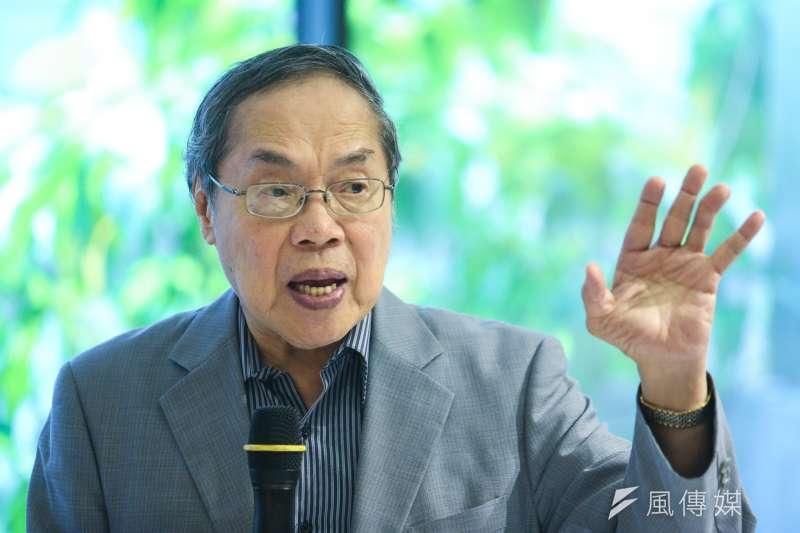 駐新加坡大使江春男2日晚間酒駕引起外界爭議,陳芳明8日對此在臉書上發文,建議江春男應該主動請辭。(資料照,陳明仁攝)