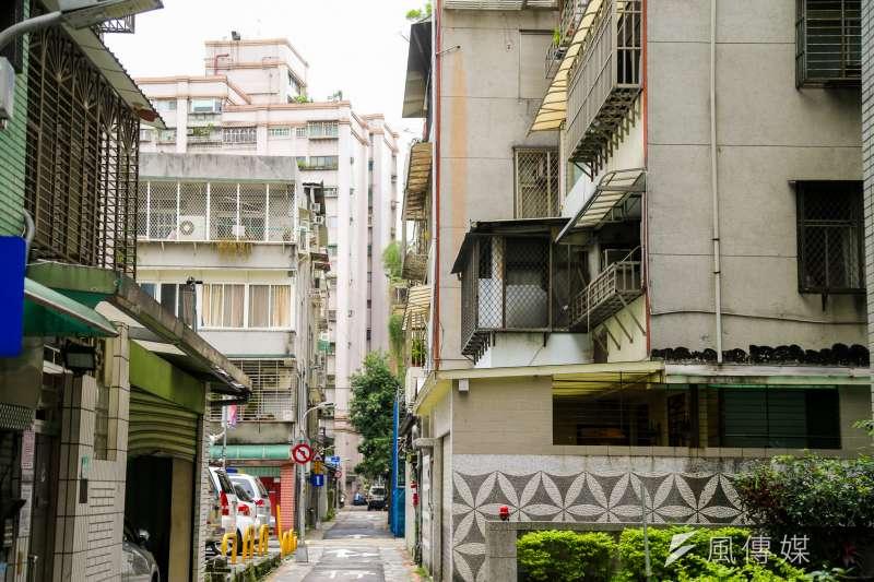 台北市蛋黃區改建案流標,專家認為是成本大漲,銷售更加不確定,令廠商縮手(資料照,陳明仁攝)