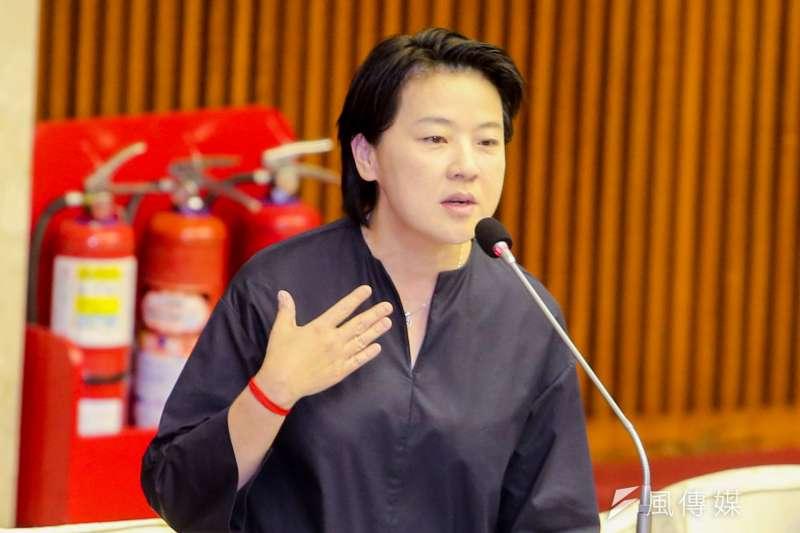 親民黨主席宋楚瑜贊成協商「兩制台灣方案」,台北市議員黃珊珊(見圖)對此表示,此事她未參與也無從說明,所以請辭親民黨文宣部主任。(資料照,陳明仁攝)