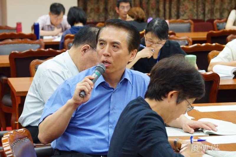 教育文化委員會審查法案 立委陳學聖 盧逸峰攝