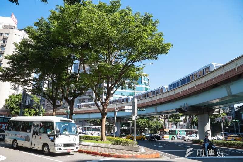 icash稱於本月1日起,將可同時作為大台北地區的交通票證使用,卻至今卻遲遲沒有上路。(資料照,顏麟宇攝)