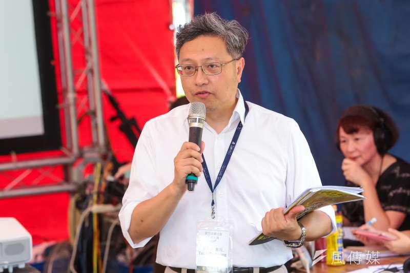 政大教授戴秀雄2日出席「東亞迫遷法庭」座談活動。(顏麟宇攝)