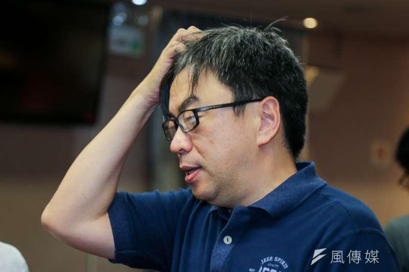 花蓮市長補選國民黨魏嘉賢當選,民進黨立委段宜康在臉書PO文,表示「我可以假裝尊重選舉的結果;但我沒辦法假裝不鄙視那些選民。」之後又刪文。(資料照,陳明仁攝)