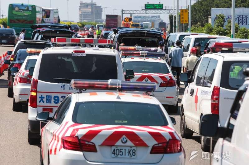 國道公路警察局2名員警23日在執勤時遭撞死,連同這起事故,高風險的執勤環境,近8年來已造成員警4死33傷。(資料照,顏麟宇攝)