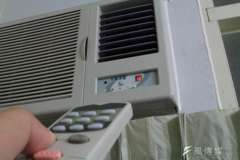 小文家中人口多,用電量自然高,尤其冷氣更是夏天的耗電元兇。示意圖,與個案無關。(方炳超攝)