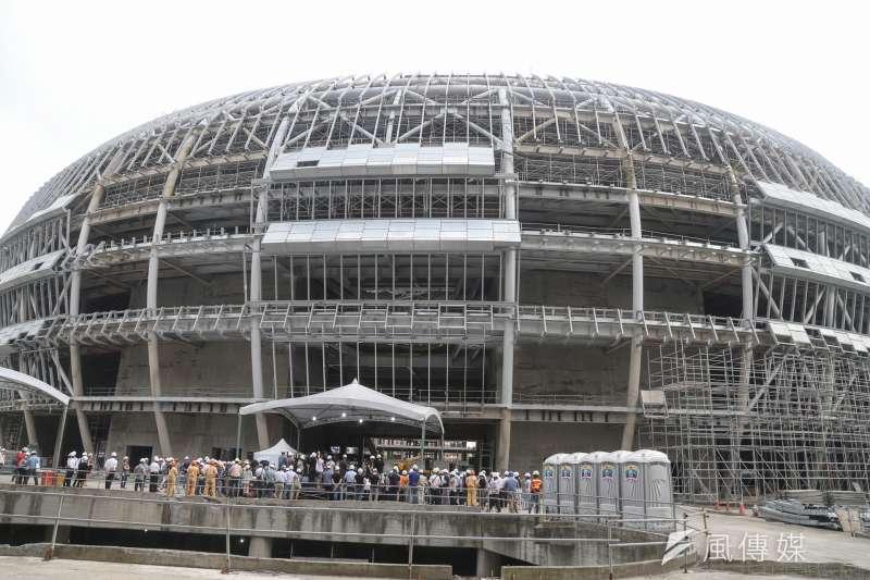 大巨蛋爭議未解,台北市政府表示,年底仍無法復工。(陳明仁攝)