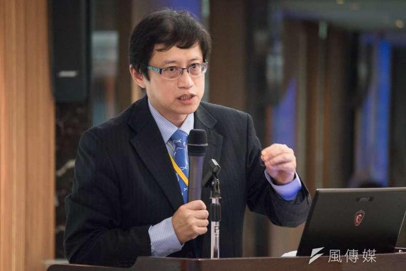 英國牛津大學法學博士候選人宋承恩於,「南海仲裁案與台灣」學術研討會發言。(李振均攝)