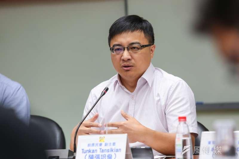 前原民會主委Tunkan Tansikian(陳張培倫)10日出席國家政策研究基金會召開「原住民族轉型正義,原地踏步?」座談會。(顏麟宇攝)