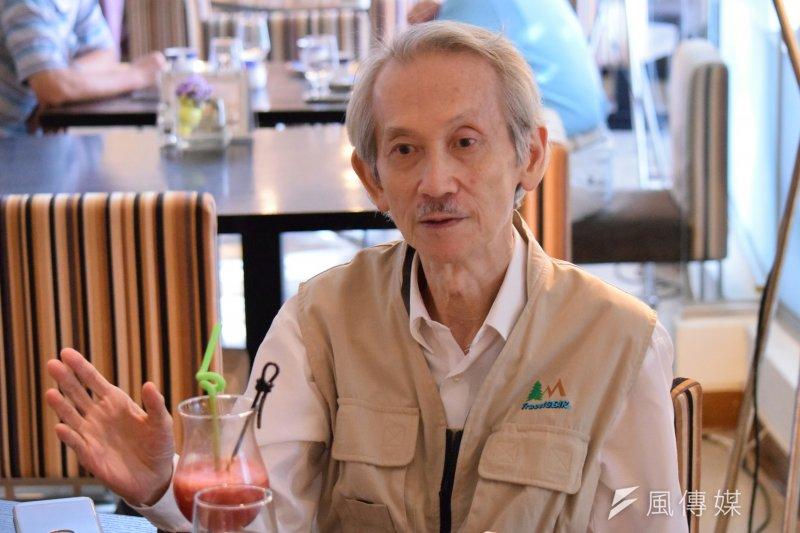 77歲的王文興坦言,未來再書寫長篇的可能性不高,即使一切如常身體健康,終究記憶力和目力必然會降低,僅僅是對他「選字」的嚴謹都是某種程度的障礙。(陳伯聖攝)