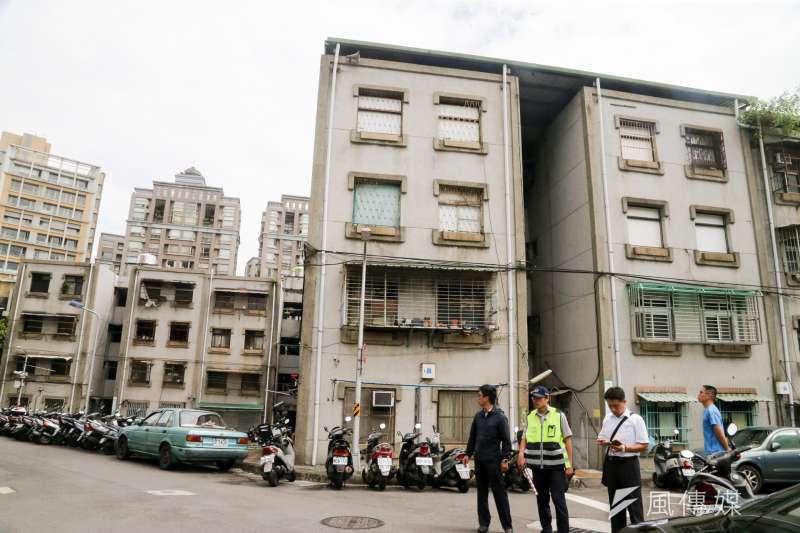 行政院26日召開行政立法協調會,針對《都市老舊及危險建築物重建獎助條例》達成初步共識。圖為示意圖,非危險住宅。(資料照,陳明仁攝)