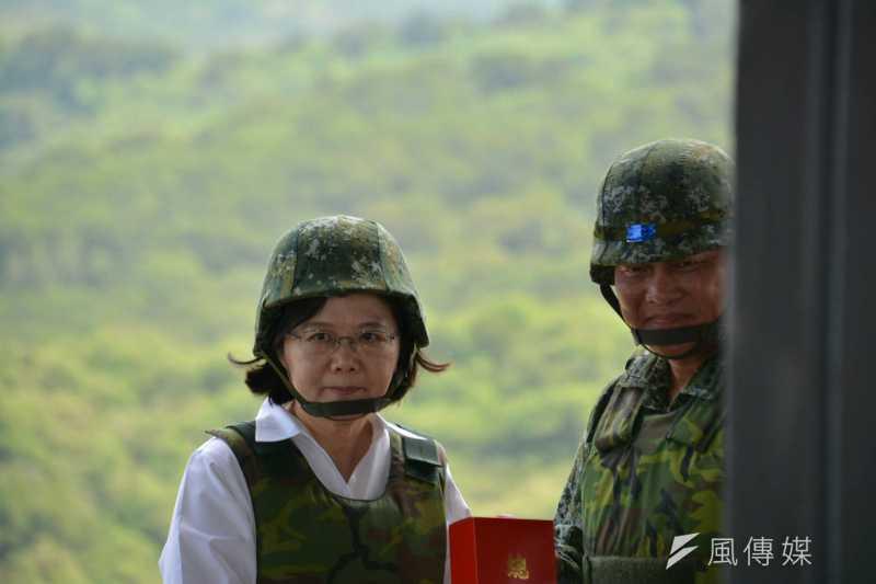 總統蔡英文25日上午前往漢光演習校閱,並進行致詞。(吳明杰攝)