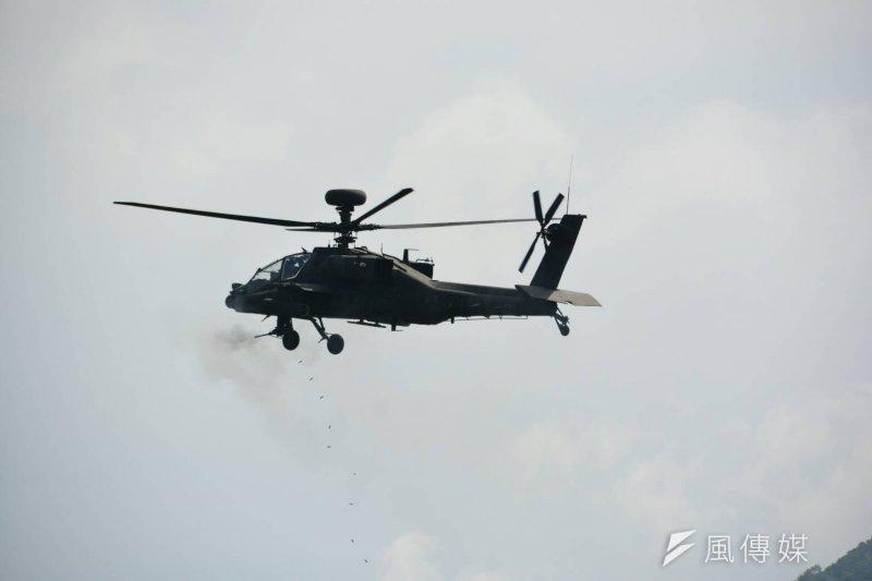 20160825-SMG0045-006-漢光演習在屏東三軍聯訓基地,阿帕契直升機。(吳明杰攝).jpg