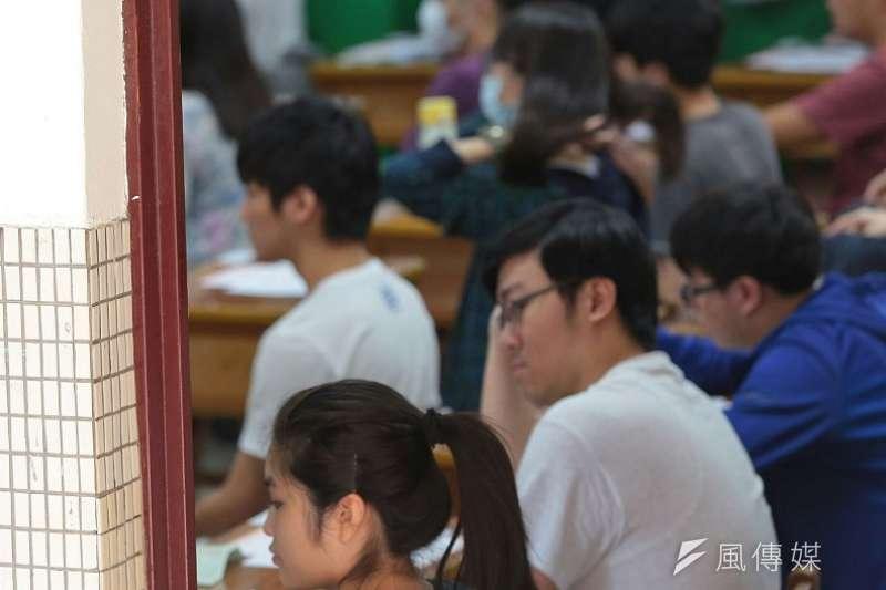 109年國中教育會考剛剛考完,台北市補教協會預估,想拿A++成績的考生,國文、社會選擇題至多錯3題,數學科、自然選擇題至多錯2題,英語至多錯1題。