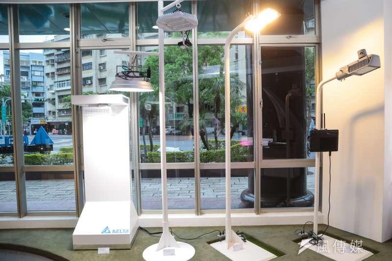 20160920-台達電子展示的LED照明設備。(顏麟宇攝)