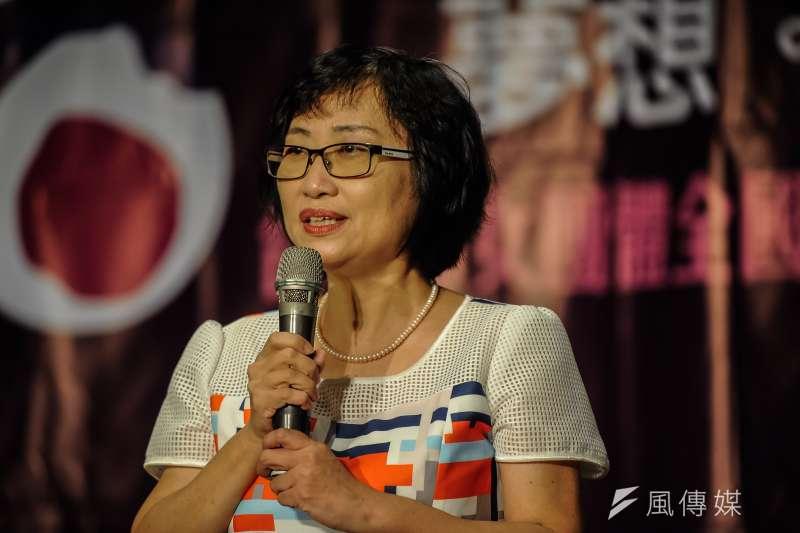 台灣婦全會15週年募款餐會,台灣婦全會理事長楊芳婉致詞-甘岱民攝