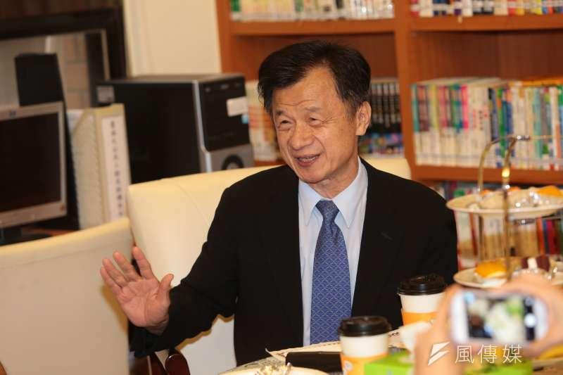 20160929-法務部長邱太三29日出席高檢署與記者茶敘。(顏麟宇攝)