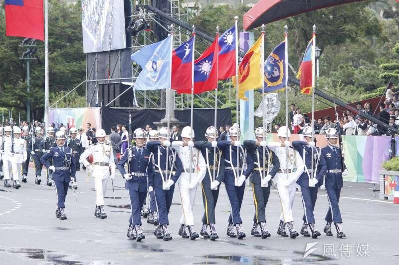 2016-10-10-中華民國105年度國慶典禮-三軍樂儀隊04-李振均攝