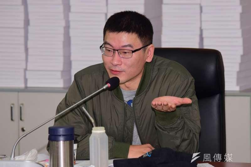 民進黨台北市議員表示,雙北月票每年市府要補助9億,但預算甚至還沒通過。(資料照,陳伯聖攝)
