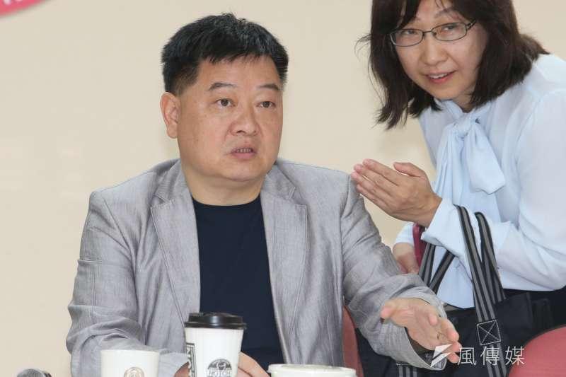 民進黨前台北市議員王孝維參選台北市黨部主委,遭爆料年輕時曾混黑道、犯下強盜罪遭判刑,後來才改名。(資料照片,陳明仁攝)