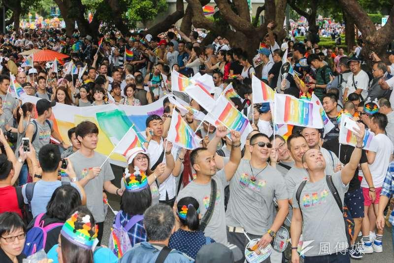 同性變不是病,衛福病3月將公告治療性傾向是違法,不但要罰錢,而且最重可以停業。圖為去年9月台灣同志遊行。(資料照片,陳明仁攝)