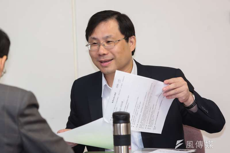 20161130-經濟部能源局長林全能30日於立院備詢。(顏麟宇攝)