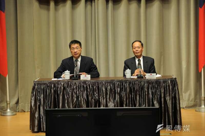 2016-11-30-行政院新聞中心-南援一號操演記者會-徐國勇-李仲威-行政院提供