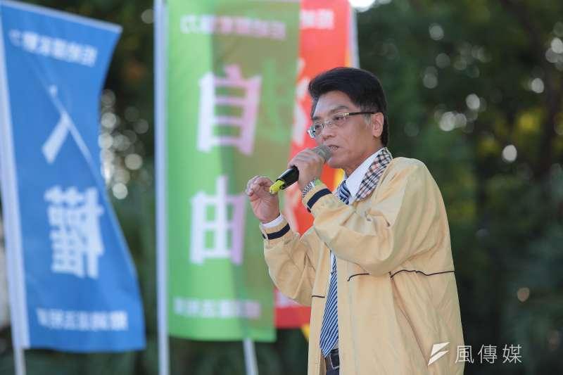 20161218-中華武術總會理事長黃鯤忠18日出席「法稅真改革,良心救台灣」活動。(顏麟宇攝)