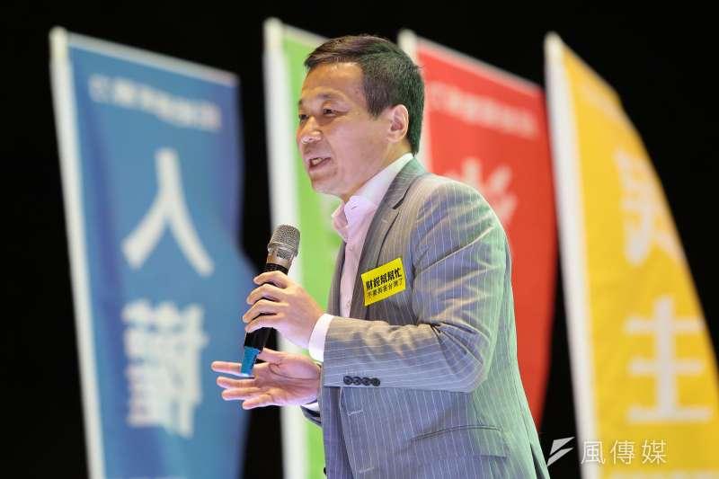 20161218-台北市議員鍾小平18日出席「法稅真改革,良心救台灣」活動。(顏麟宇攝)