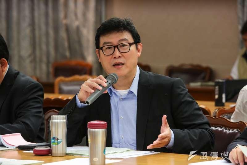 20161222-民進黨立委姚文智22日出席立院內政委員會預算審查。(顏麟宇攝)