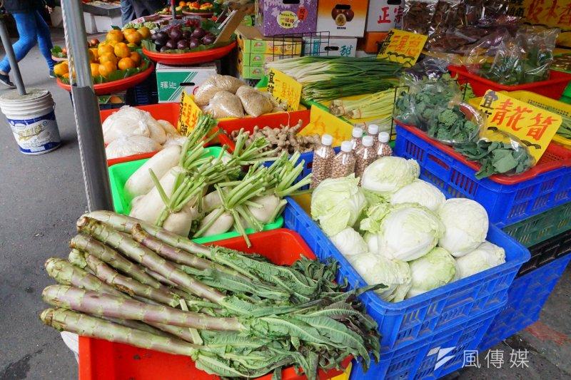 20161224-菜市場一景。(盧逸峰攝)