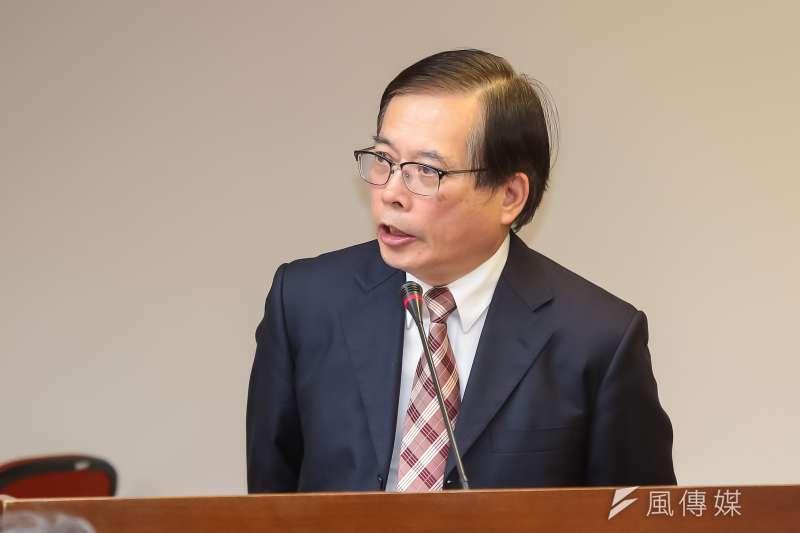 勞動部長郭芳煜29日表示,一例一休實施後,增加加班費跟特休假成本,但少了國定7天假,估計企業一年最多增加成本約476億元。(顏麟宇攝)